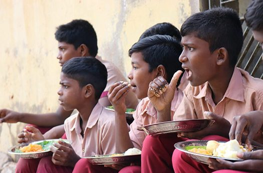 Providing Fresh and Nutritious Breakfast to 300+ Children on every single school day